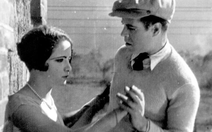EL TREN FANTASMA / Dir. Gabriel García Moreno / México / 1926