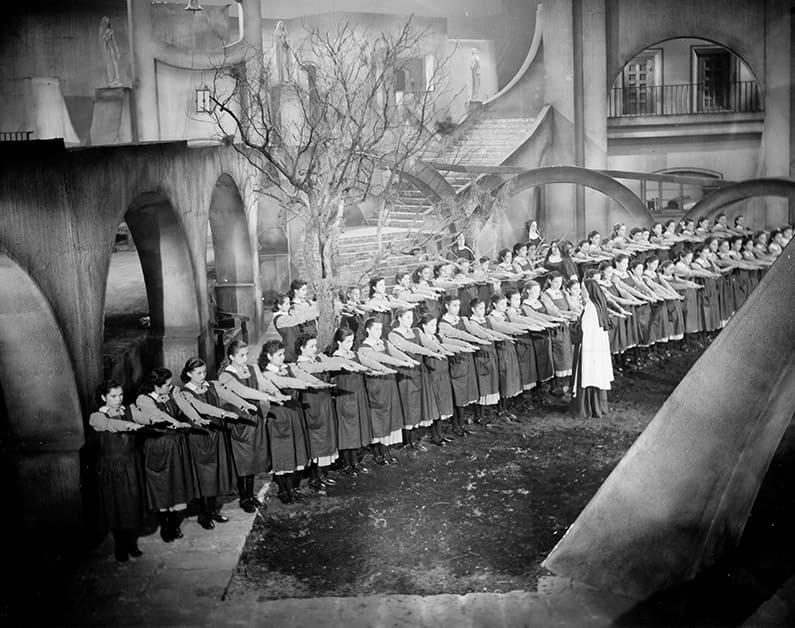 Galeria Muchachas de uniforme